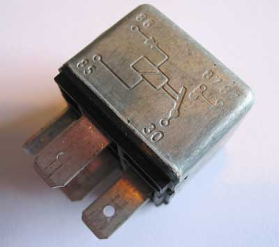Fuel pump relay AFU2913L, the Bosch part number is 0332 014 112