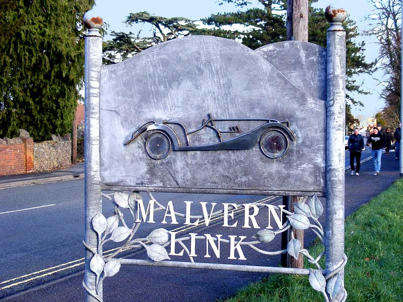 Click to view photos of Malvern Link