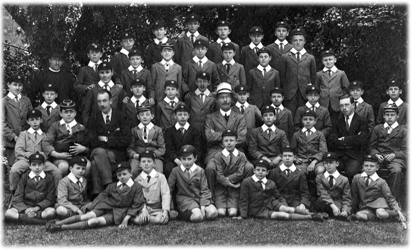 Southlea pupils about 1919
