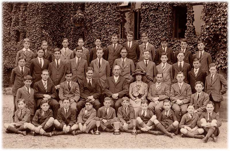 Southlea pupils about 1921