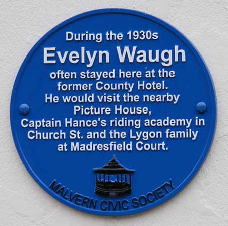 Blue plaque on Park View